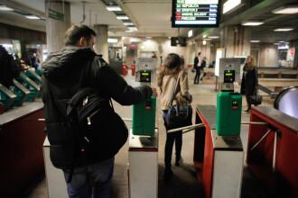 Circulatia la statia de metrou Berceni, reluata dupa mai bine de o ora. Alarma privind un colet suspect a fost falsa