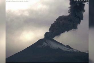 Vulcanul Popocatepetl s-a trezit din nou la viață