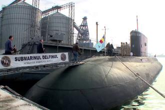 Ministrul Apărării: Forţele navale vor fi dotate cu trei submarine noi, nu cu unul