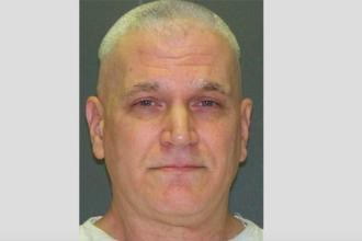 Un bărbat din Texas a zâmbit în timp ce era executat cu injecție letală, pentru că și-a ucis fiicele