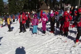 Staţiunile de la munte, pline de copii. Cât costă o tabără de familie