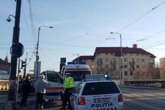 Scene șocante petrecute în Timișoara: Un bărbat a fost călcat de un autobuz