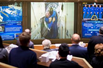 Doi cosmonauți au stabilit un nou record rusesc pentru o ieșire pe orbită