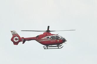 Femeie dusă la spital cu elicopterul SMURD, după ce a luat foc în timp ce îşi curăţa gospodăria
