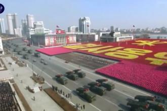 Paradă militară grandioasă în Coreea de Nord. Zeci de mii de soldați au defilat