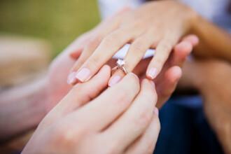 Tineri arestați după o cerere în căsătorie în public, Ce lege au încălcat. VIDEO
