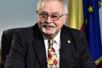 """Ministrul Anton Anton va termina rapid strategia energetică fiindcă are """"un pariu cu o domnişoară"""""""