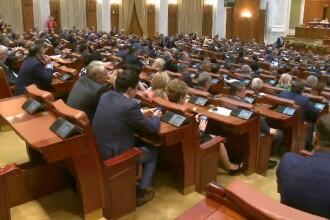 """Parlamentarii au făcut ping-pong cu destinele persoanelor cu handicap grav: """"Este un abuz"""""""