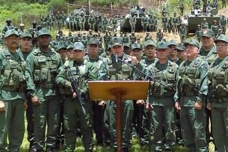 Venezuela face pregătiri de război, după ce a acuzat Columbia că plănuieşte o invazie