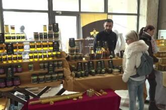 Mierea românească, pe cale de dispariţie. De ce scade producţia în fiecare an
