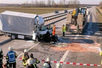 Accident grav provocat în Germania de un șofer de TIR român care se uita la filme, pe mobil