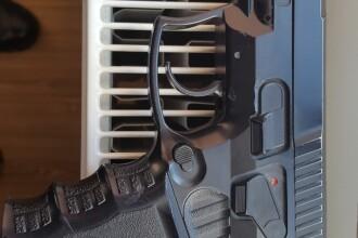 Un elev a pătruns cu un pistol într-un liceu din Arad