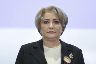 """Ora premierului. Dăncilă s-a încurcat în foi: """"Stadiul autostrăzii Sibiu... Da."""""""