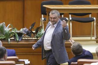 """Scene uluitoare in Parlamentul României. """"A paradit-o sau nu pe Andreea Cosma?"""""""