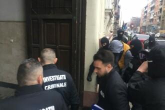 Chemați să aplaneze un conflict, doi agenți de pază din Arad i-au agresat pe scandalagii