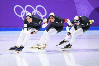 Costumele patinatoarelor americane, motiv de controversă la JO de iarnă. FOTO