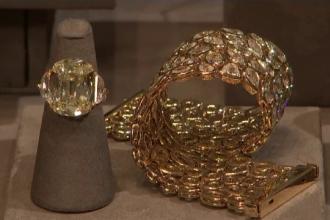 Bijutierii se bat să convingă vedetele să le poarte creaţiile la Premiile Oscar. Tendințele din 2018
