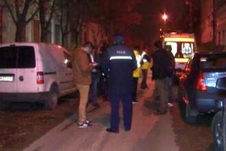Scandal într-un bloc din Timișoara. Un tânăr cu un cuțit amenința că își omoară iubita