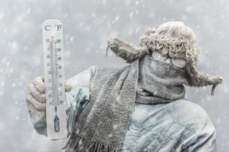 Temperaturi scăzute, ninsori și precipitații în toată țara. Vremea rea se menține și în următoarele zile