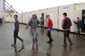 Din cauza lipsei sălilor de clasă, în Timișioara elevii învață în containere modulare