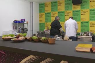 Pentru refugiaţii care au fost bucătari în ţările lor, Franţa e ţara în care o pot lua de la capăt