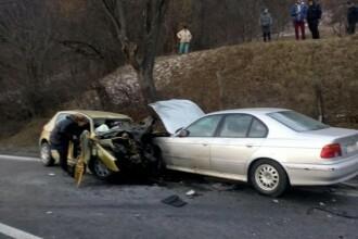 Soț și soție, morți într-un accident. Fata lor, în stare gravă la spital
