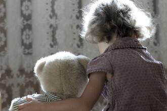 Tatăl unei fetiţe, reţinut pentru că şi-ar fi violat copila mai bine de un an