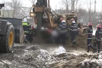 Muncitor îngropat la 14 metri adâncime, în timp ce săpa o fântână. Povestea unui martor