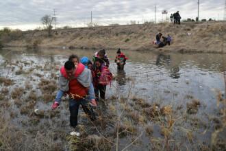 SUA trimit mii de militari la frontiera cu Mexicul pentru a opri migranții clandestini