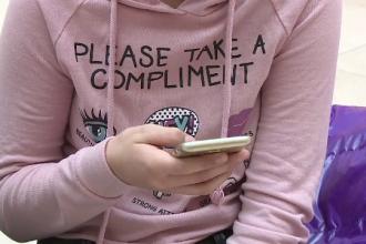 Copiii din România trăiesc tot mai mult pe internet. Câți au primit sau trimis mesaje sexuale