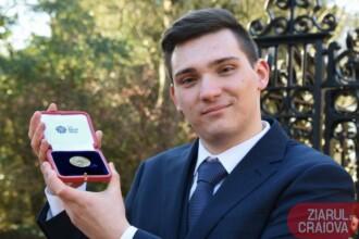 Elev român premiat de Regina Marii Britanii. Cu ce s-a remarcat Cornel
