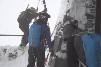 O drumeție pe munte cu prietenii s-a sfârșit tragic. Cum a murit un bărbat