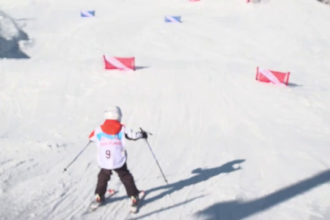 """Competiție de schi pentru copii, la Păltiniș: """"Eu mă dau de 7 ani, de la 3 ani"""""""