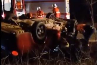 O familie a ajuns la spital, după ce maşina s-a răsturnat în drum spre Aeroportul Timişoara