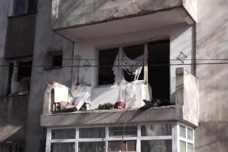 Explozie de proporţii într-un bloc din Constanţa. 11 apartamente au rămas fără uși
