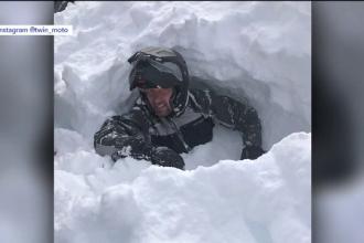 A provocat o avalanşă cu snowmobilul şi şi-a îngropat de viu cel mai bun prieten