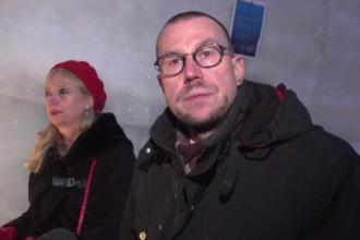 Reacția unui turist finlandez după ce a mâncat cârnați la Sibiu