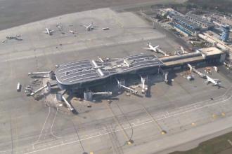 Pista numărul 2 a Aeroportului Otopeni va fi închisă complet. Anunţul ministrului Cuc