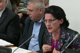 Ecaterina Andronescu, reacție nervoasă după un dialog cu Raluca Turcan
