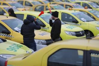 """Mii de taximetriști protestează în faţa Guvernului: """"Nu cerem bani!"""" Restricții de trafic"""