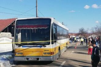 Elev de 7 ani din Mehedinți, mort după ce a coborât din microbuzul școlar