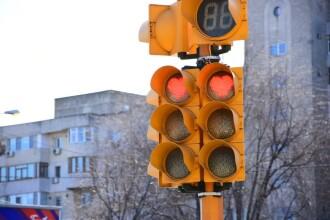 Semafoare cu inimioare roșii în Constanța, de Valentine's Day și Dragobete