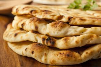 Rețetă rapidă de pâine naan. Cum să o pregătești la tine în bucătărie