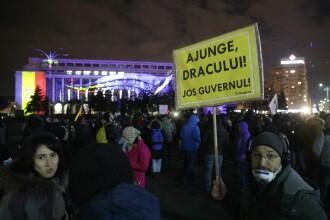 Sute de persoane la manifestaţia din Piaţa Victoriei pentru susţinerea Laurei Kovesi