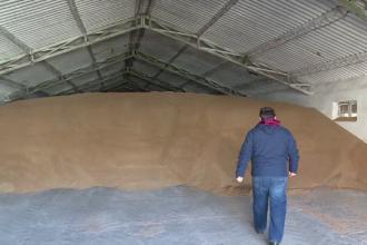 Soluția fermierilor pentru a păstra marfa până când îi creşte preţul pe piaţă