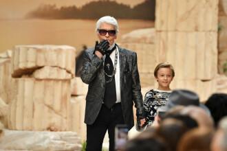 Karl Lagerfeld a fost incinerat. Cine va împărţi cenuşa lui, potrivit testamentului