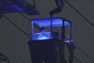 16 oameni blocați la înălțime în 5 telecabine la parcul Seaworld