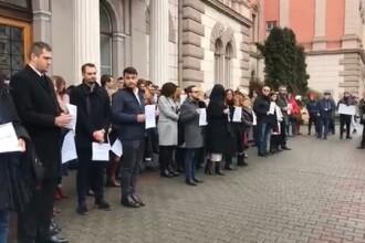 Procurorii DIICOT vor purta banderole albe, în semn de protest faţă de OUG 7