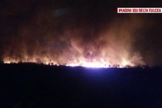 Zeci de pensiuni din Deltă, la un pas să fie mistuite de flăcări. Cine sunt vinovații