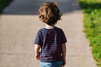 Psihologii ne avertizează să nu punem presiune pe copii! Cum îi ajutăm să fie fericiţi